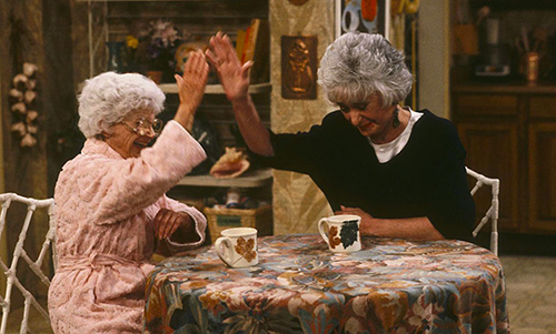 Stella-and-Dorothy-High-Five-in-The-Golden-Girls